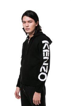 20200827-AKIMBO-009_1800x1800